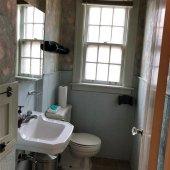 377-upstairs bathroom